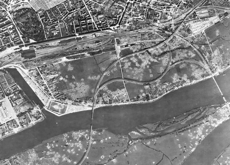 LES BOMBARDEMENTS DE MAI A AOUT 1944 - MALAKOFF Bombar10