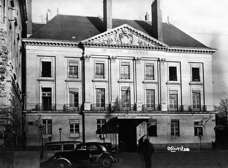 HÔTEL PARTICULIER DE RENÉ LOUIS D'AUX Hoteld10