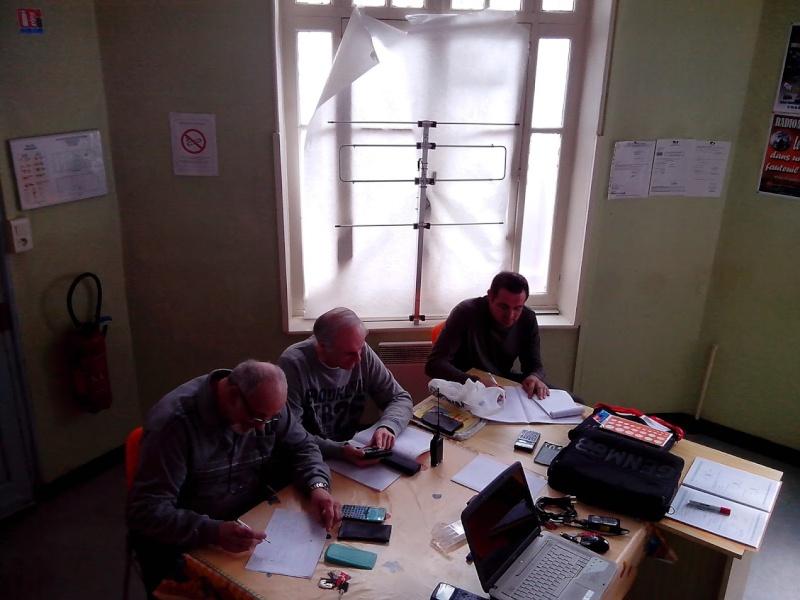 cours de préparation à la licence F4 Img_2011