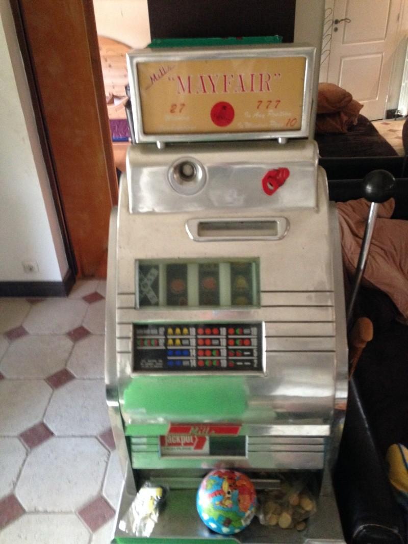 Machine a sous de marque Sega  Img_6610