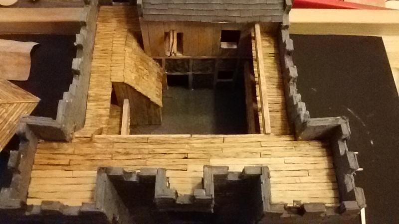 Burg aus Holz zur kompletten Überarbeitung - Seite 11 20150810