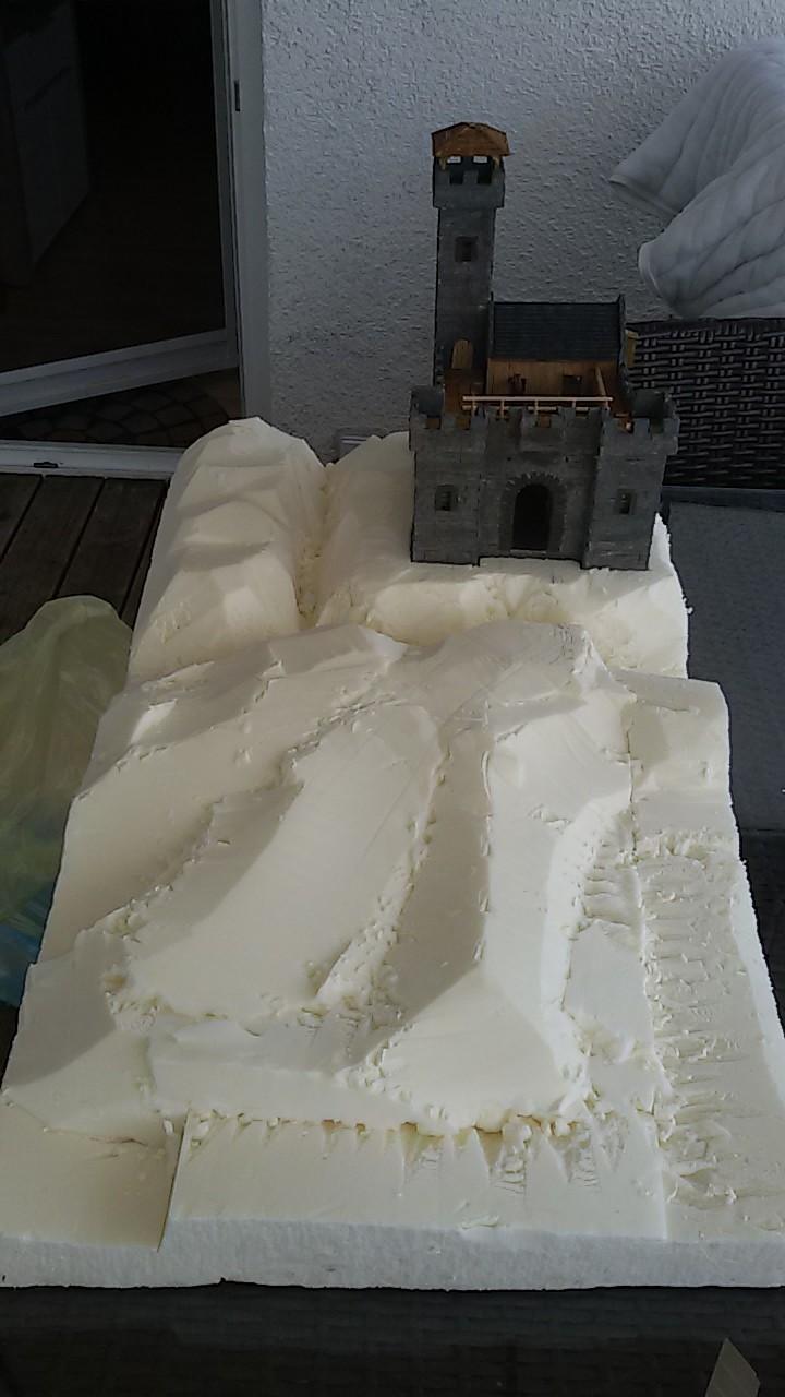 Burg aus Holz zur kompletten Überarbeitung - Seite 11 20150817