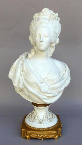 A vendre: bustes Marie Antoinette - Page 3 00154810