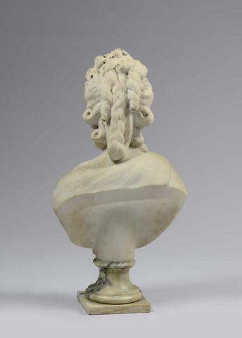 A vendre: bustes Marie Antoinette - Page 4 02062910