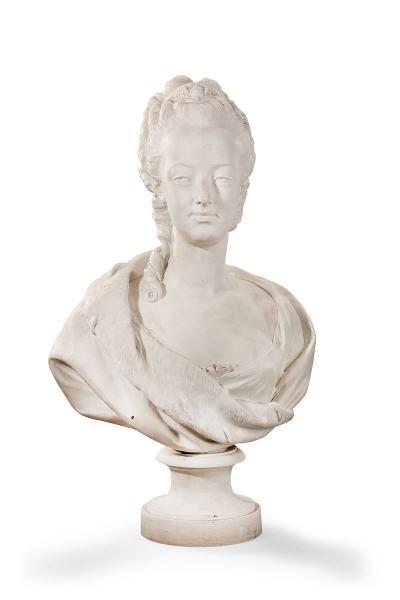 A vendre: bustes Marie Antoinette - Page 3 14419210