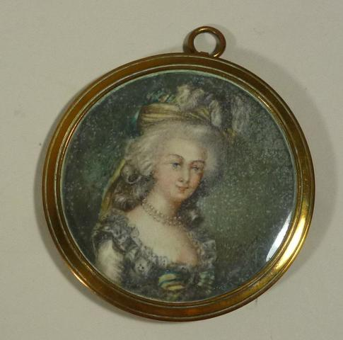A vendre: miniatures de Marie Antoinette? - Page 3 17385210