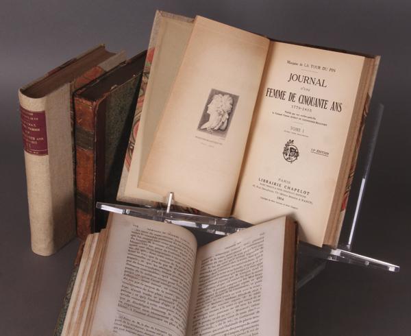 A vendre: livres sur Marie-Antoinette, ses proches et la Révolution - Page 3 49946810