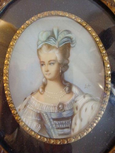 A vendre: miniatures de Marie Antoinette? - Page 3 S-l50010