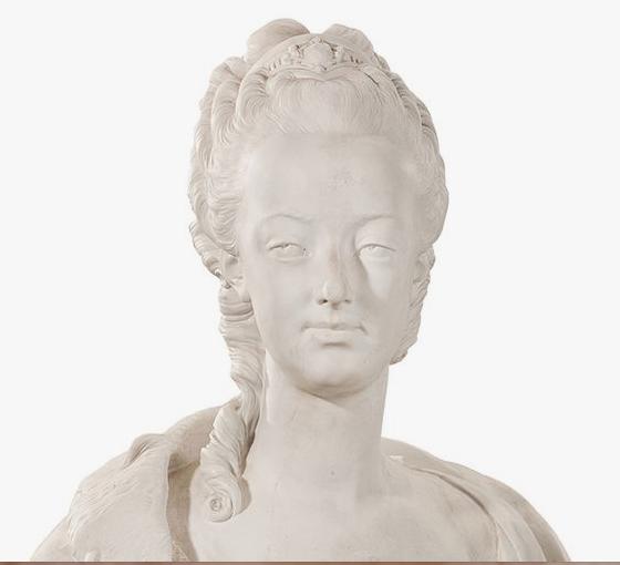 A vendre: bustes Marie Antoinette - Page 3 Zzzd10