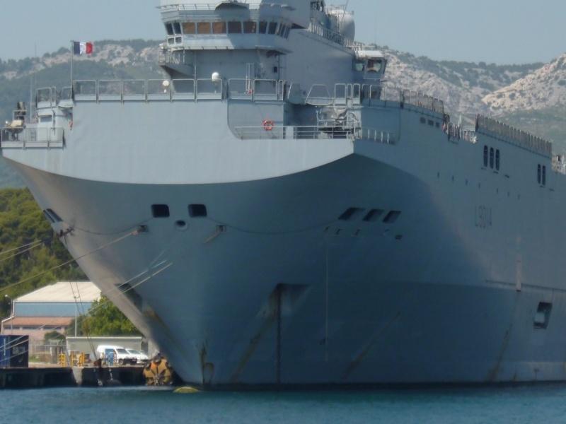 porte-hélicoptères Tonnerre et le transport de chalands Siroco P1010717