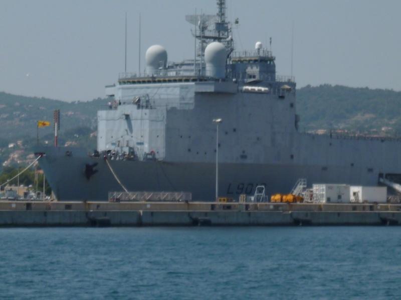 porte-hélicoptères Tonnerre et le transport de chalands Siroco P1010718