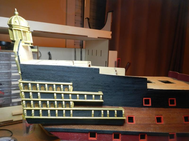 Construction du Sovereign of the Seas au 1/84 (partie 1) - Page 37 Dscn2433