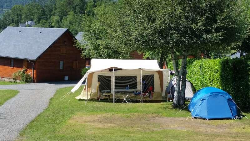 CHAMONIX - tentes vues cette année au camping 20150814