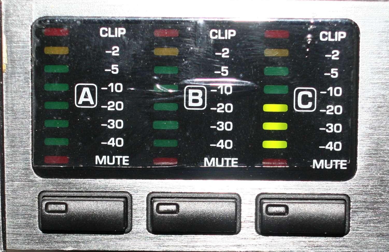 Filtre actif numérique DCX 2496 - Page 2 Input_16