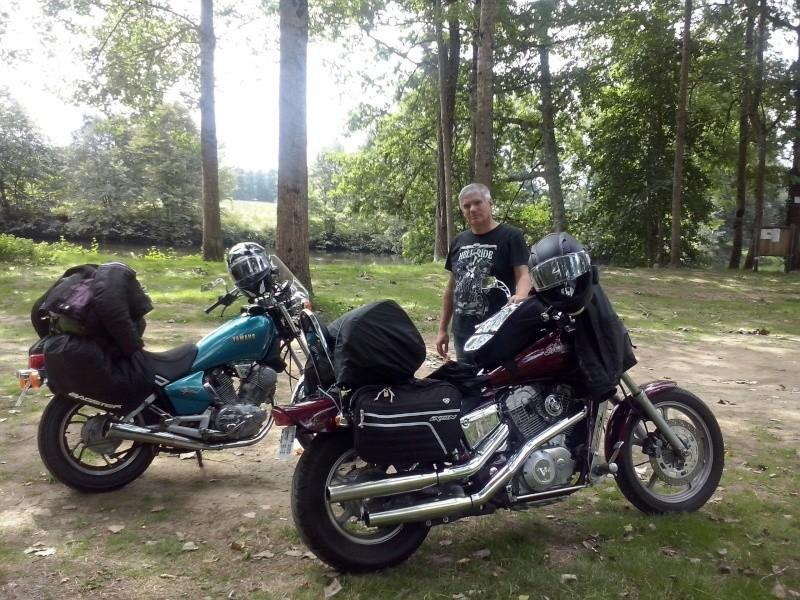 """Concours photo octobre : """"Votre moto et vous"""". - Page 2 Cam01310"""