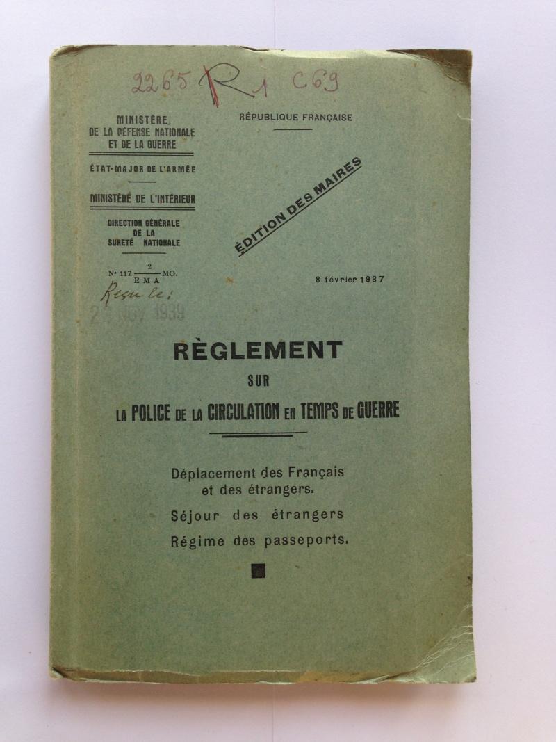 un peu de papier : livret et manuels Img_2022