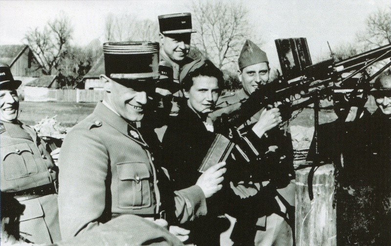 Les jumelages pour FM 24/29 (dit de la 2ème armée) et pour FM Chauchat (Mle 1915 CSRG) Matric10