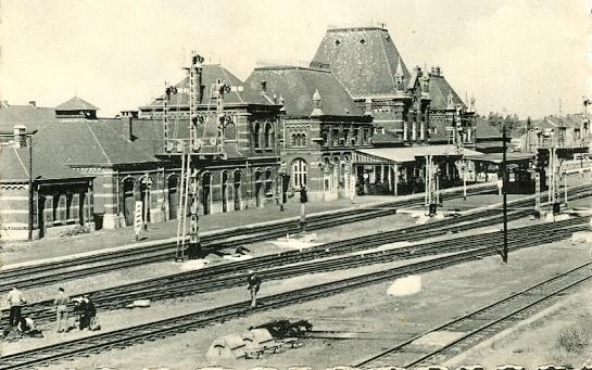 Gare de Trazegnies en H0 ... une belle commande ! - Page 2 377_0011