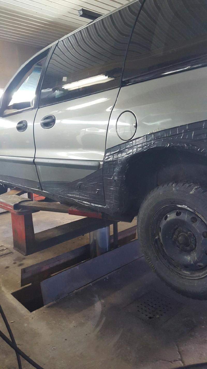 Mazda Protegé édition... Van110