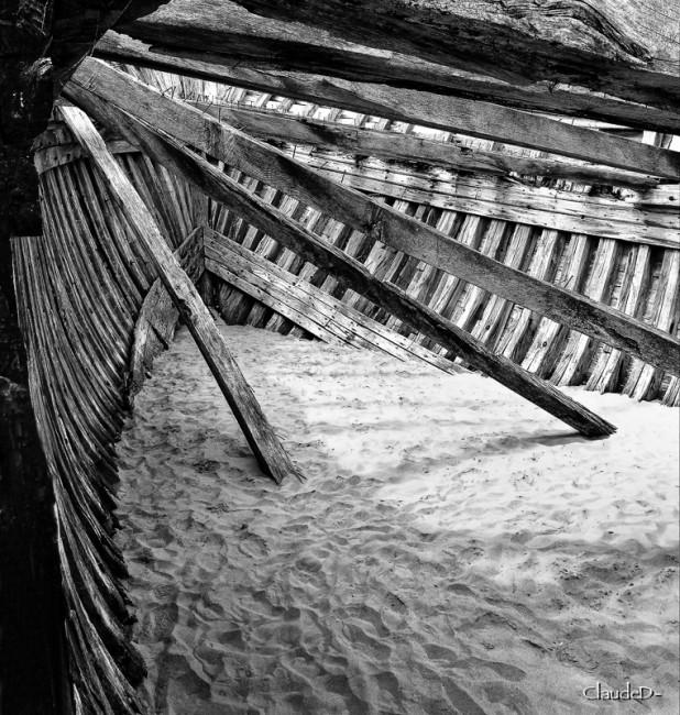 Fin de vie .... Cimetières de bateaux .... - Page 6 Magoue10