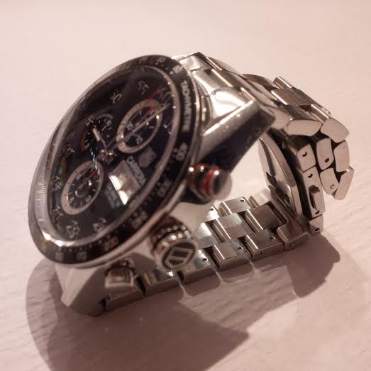 Comment poser la nuit une montre sur déployante? Unname10