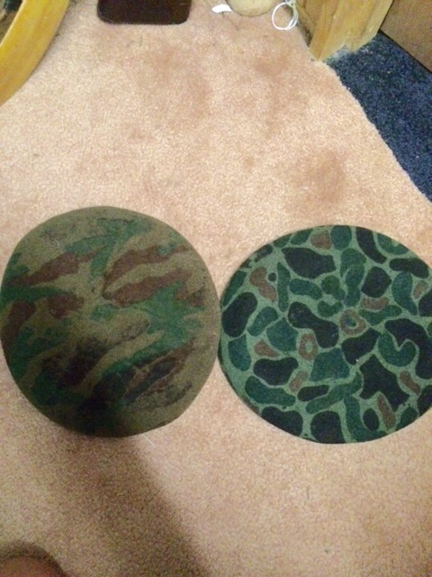 Couple of South Korean berets Image41