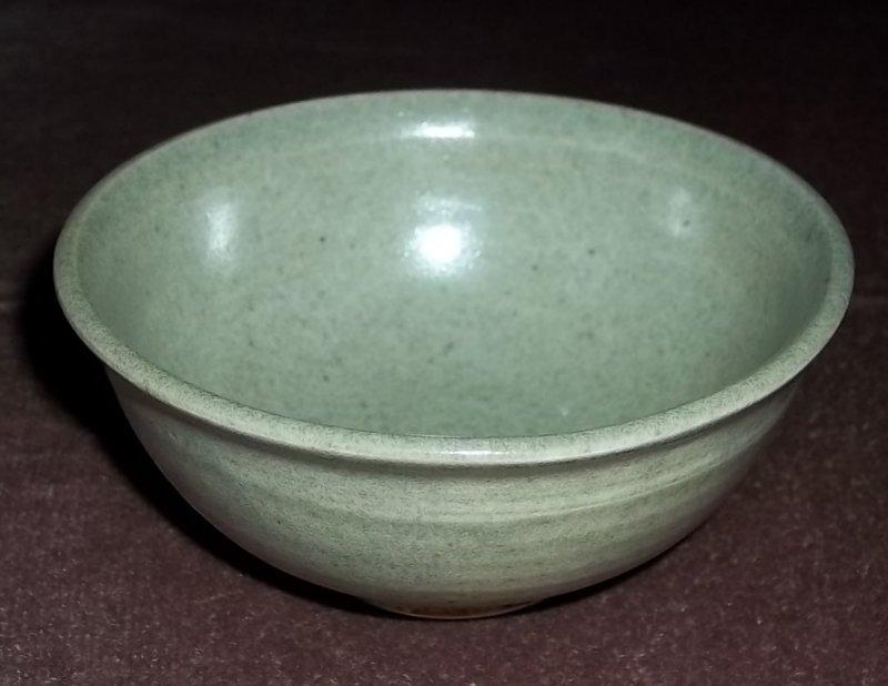 Stoneware tea bowl signed Ron Allen  100_2716
