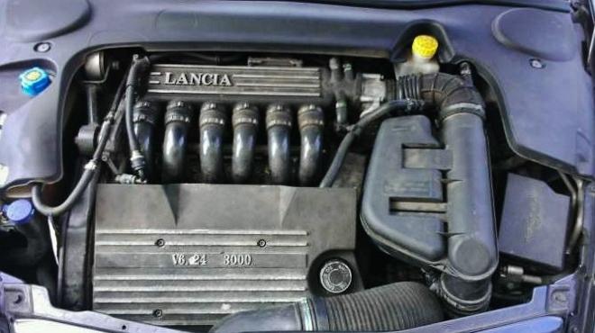 [A vendre] Lancia Thesis V6 3.0L Emblema 5_660x10