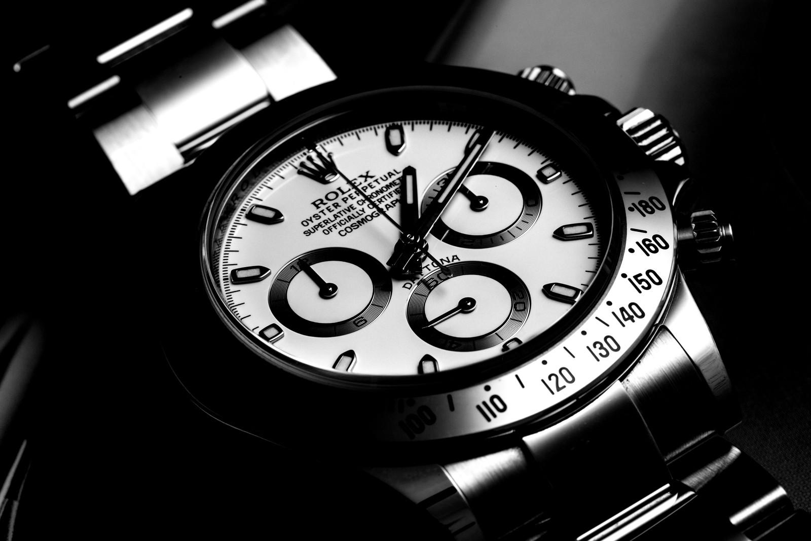 4 montres... 1 choix à faire.. A votre avis ? - Page 5 Ay2q6910