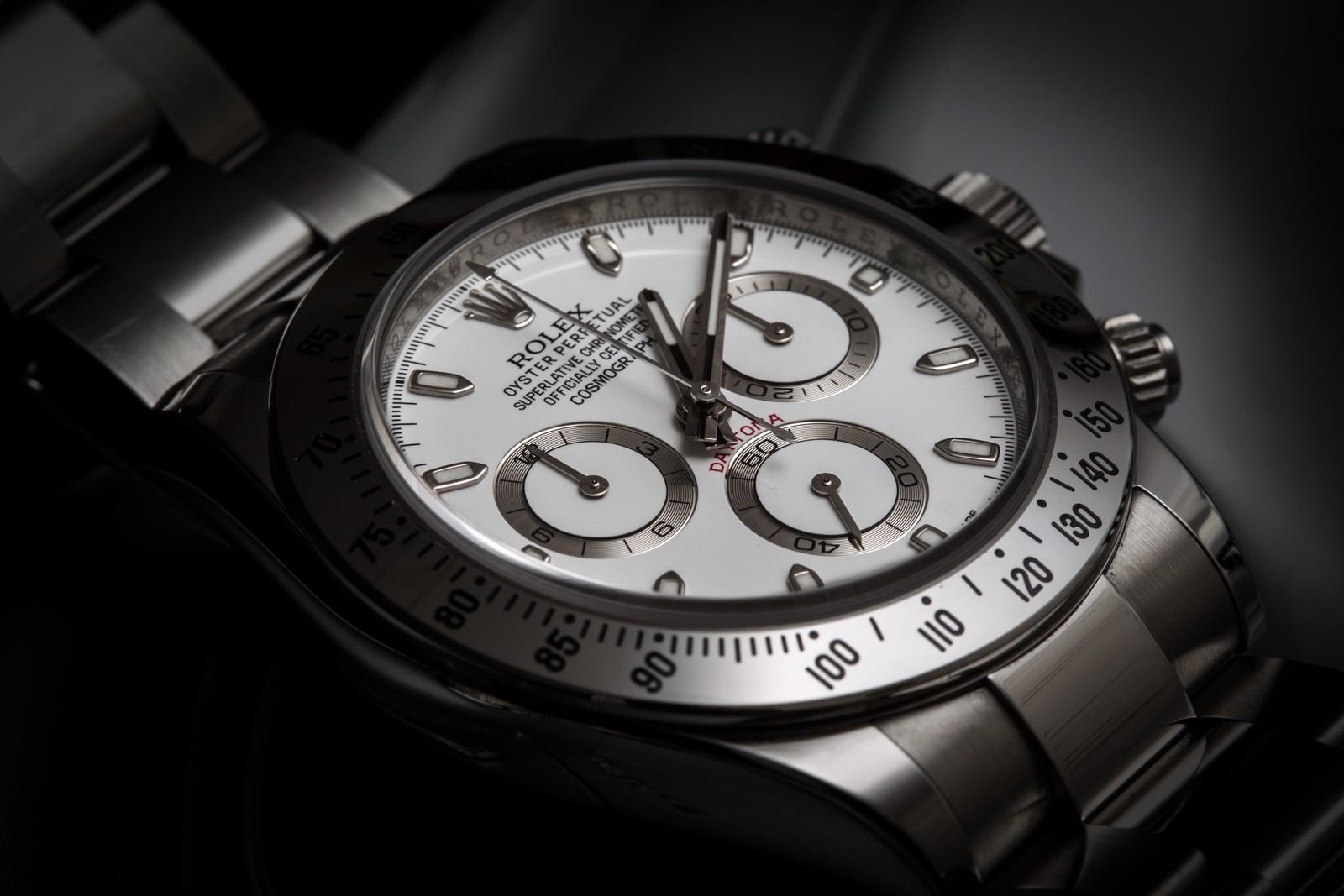 4 montres... 1 choix à faire.. A votre avis ? - Page 5 Ay2q6911