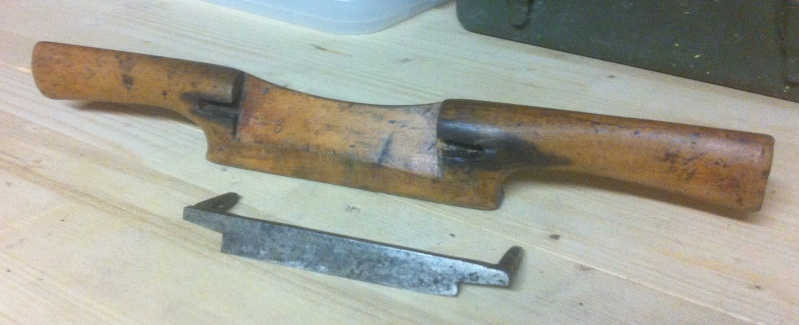 Spokeshave & Russian Hand Plane...in the 9 - 7 - 4 :D 00110