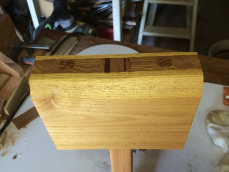 Tournage d'un maillet en bois - Page 4 Img_2327
