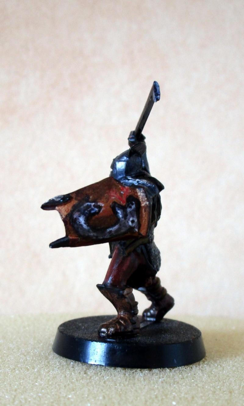 encore des figurines du seigneur des anneaux Img_1313