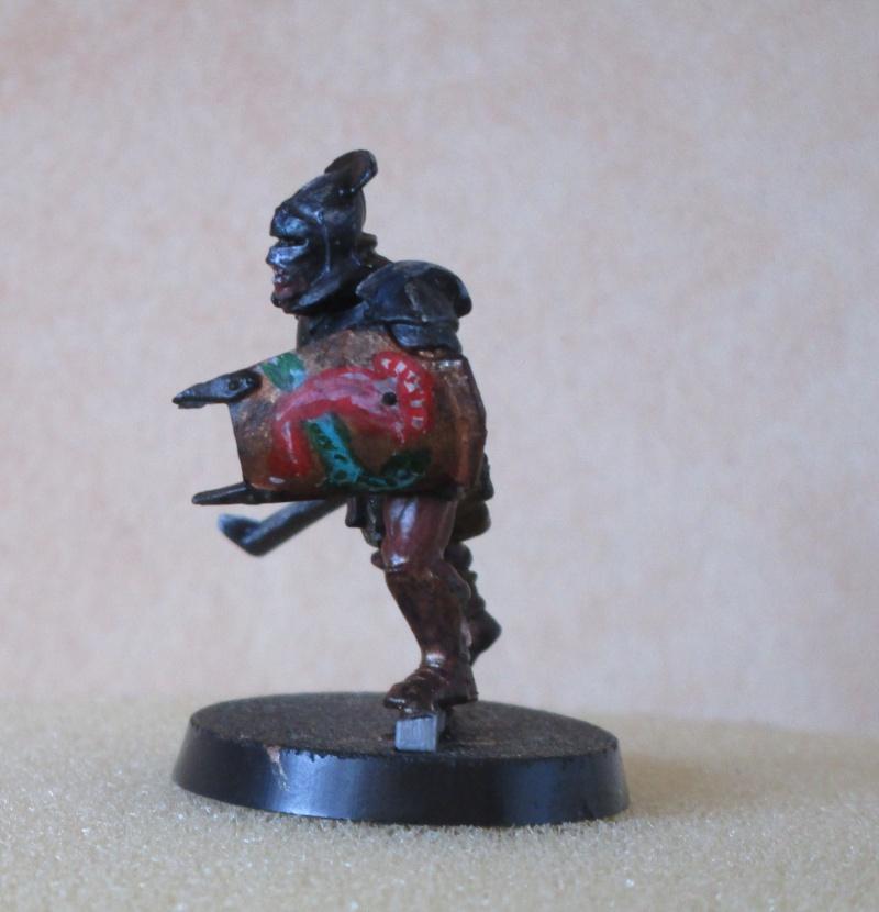 encore des figurines du seigneur des anneaux Img_1315