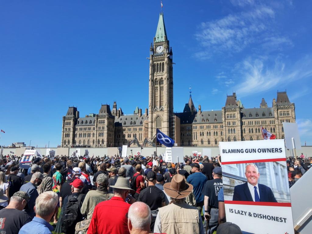 Manifestation CCFR à Ottawa le 12 sept 20 - Page 4 Img_2010
