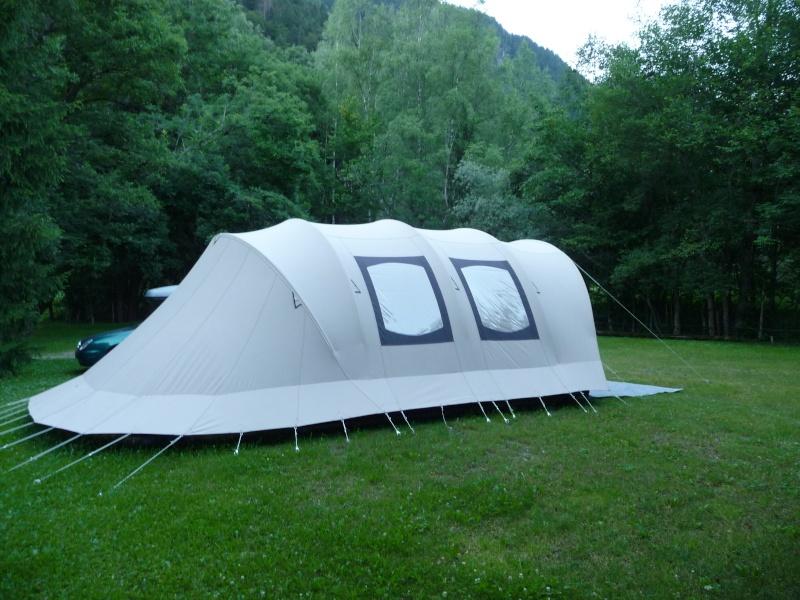 CHAMONIX - tentes vues cette année au camping P1000512