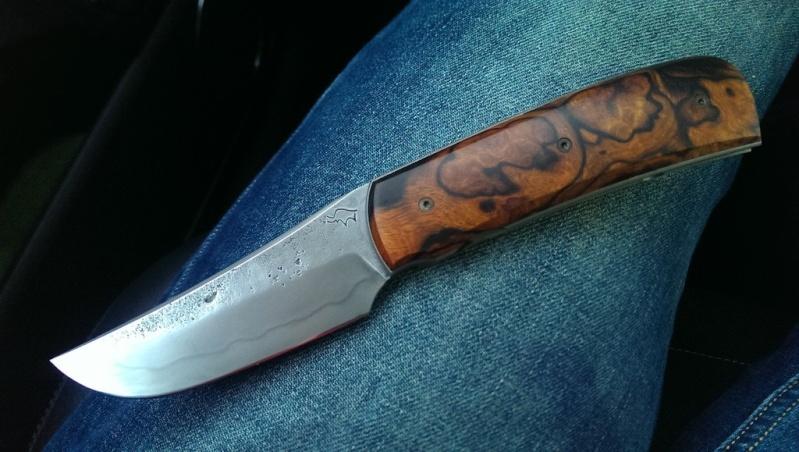 La vitrine aux couteaux... - Page 23 077d9810