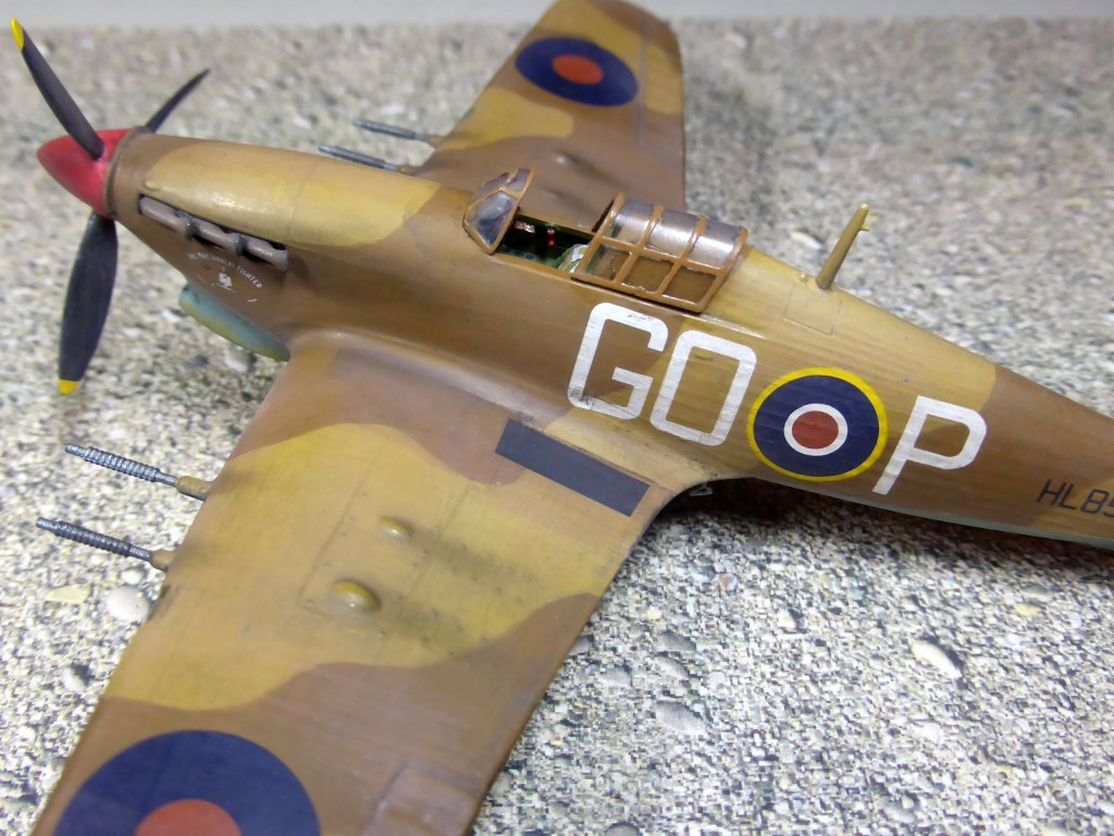 [Vintage] - AIRFIX Hawker Hurricane Mk IIC Amk28710