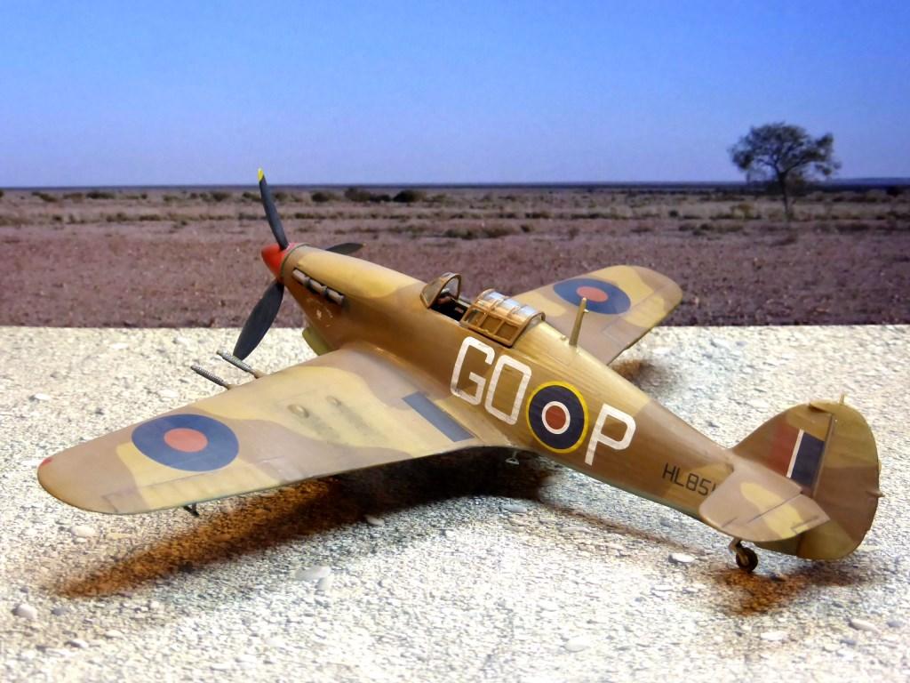 [Vintage] - AIRFIX Hawker Hurricane Mk IIC Amk29510