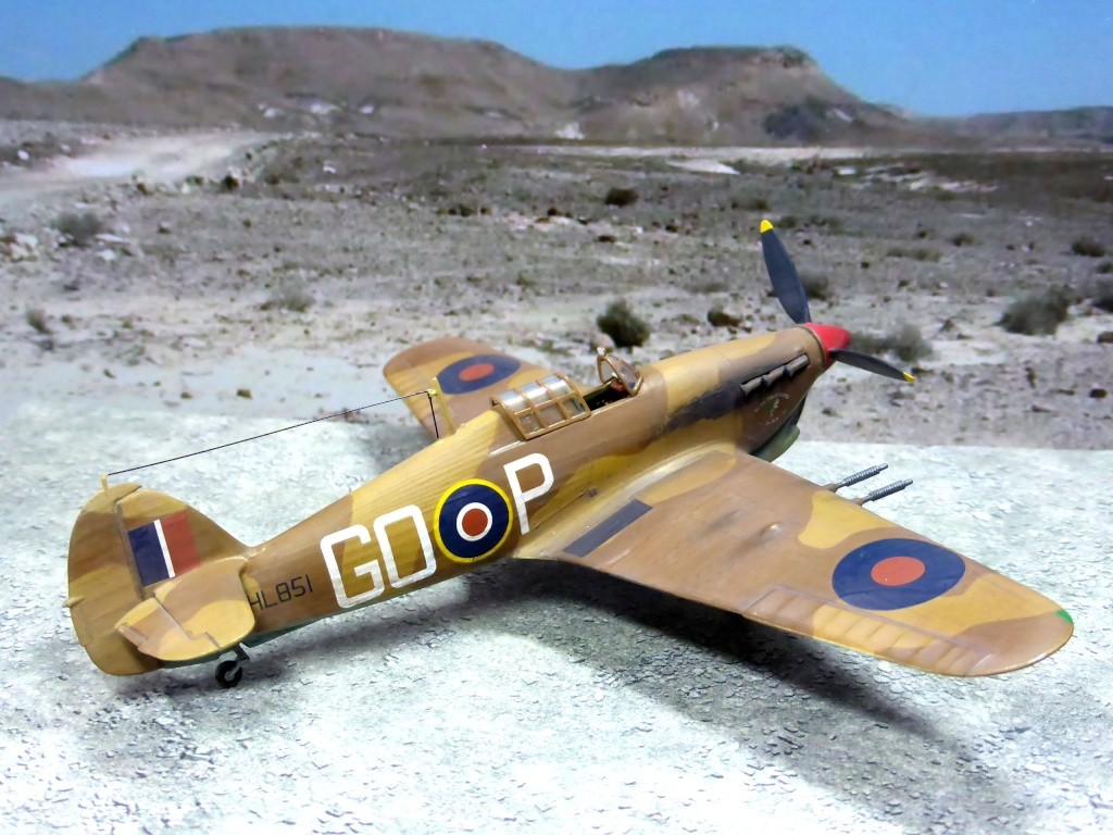 [Vintage] - AIRFIX Hawker Hurricane Mk IIC Amk30110