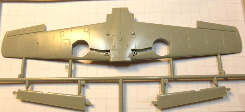 """[ACADEMY] Messerchmitt BF 109D  JG 132 """"Richtoffen"""" 1937 (1/48) Bf109d16"""