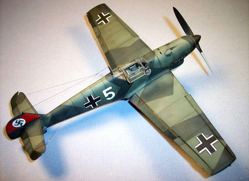 Pour Emil_ le 109 E4 de Fogg --- Terminé --- - Page 2 Bf109d26