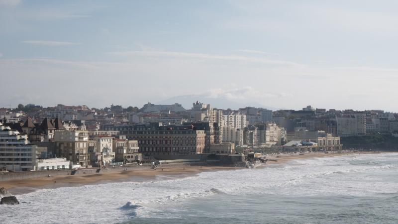 Une sortie au pays basque, ça tenterait qui ? P1130710