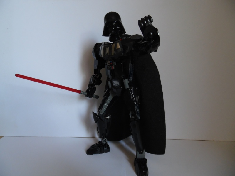 [Revue] Figurine à construire LEGO Star Wars 75111 : Dark Vador  Sam_1544