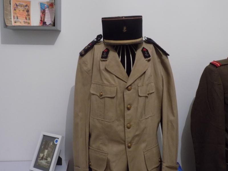 Ma collection : uniformes-coiffures-archives de la Coloniale et la colonisation - Page 6 Dscn0426
