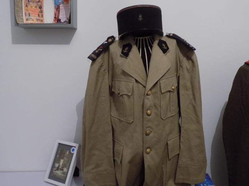 Ma collection : uniformes-coiffures-archives de la Coloniale et la colonisation - Page 6 Dscn0428