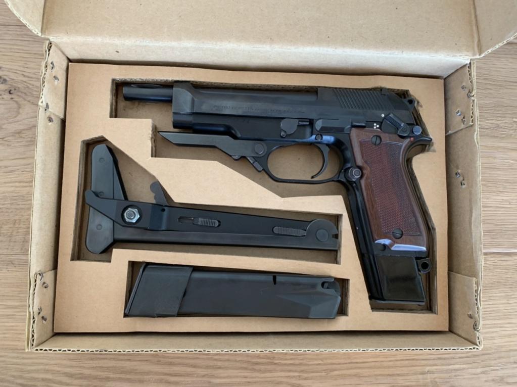 Beretta 92 FS N° série / année de fabrication ? - Page 2 E0a98e10
