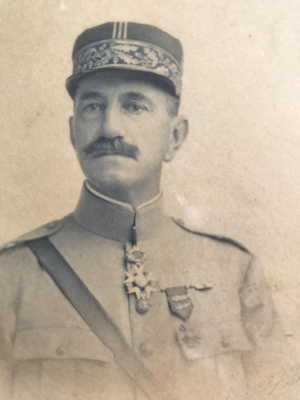 Portrait d'un GENERAL DE BRIGADE (fin des années 20), commandeur LH, mais qui ?! Img_7310