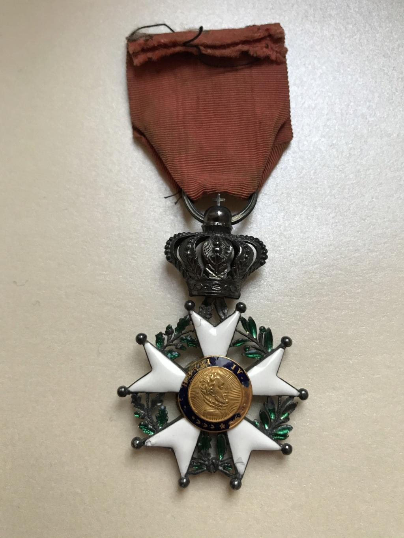 Chevalier de la LEGION D'HONNEUR - Monarchie de Juillet - en argent et or  Img_8510