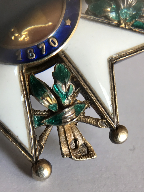 Officier de la LEGION D'HONNEUR - modèle bijoutier vermeil ? Img_9124